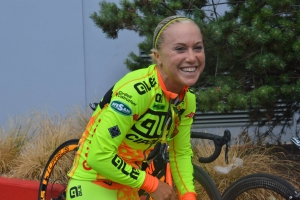 SHELLEY OLDS GUIDA LE LADIES #YELLOWFLUORANGE A LONDRA & IN GERMANIA